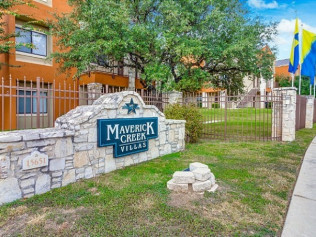 Maverick Creek Villa Apartments San Antonio, TX